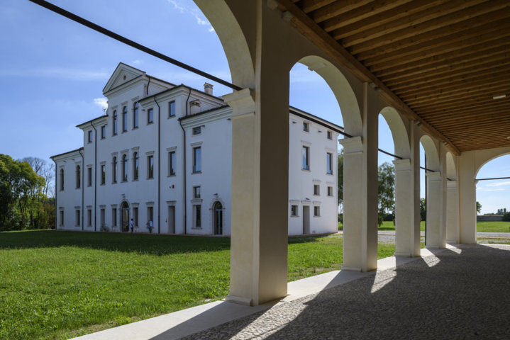 Villa Cattaneo: tutto cambia affinché nulla cambi